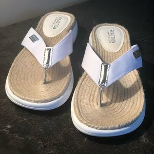 Super cute white flip flops